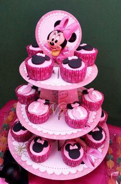 Nina by Lady: ¡Temática Minnie bebé! Cupcakes decoradas con fondant