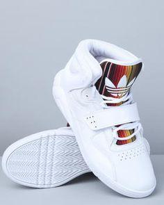 Adidas Roundhouse Mids