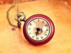 Ketten lang - VICTORIA Holz Vintage Taschenuhr Uhr Kette lang  - ein Designerstück von Mont_Klamott bei DaWanda