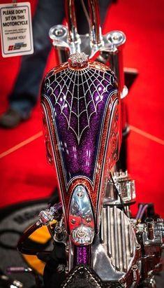 Harley Davidson News – Harley Davidson Bike Pics Custom Motorcycle Paint Jobs, Custom Paint Jobs, Custom Motorcycles, Custom Bikes, Moto Fest, Pinstripe Art, Motos Harley Davidson, Motorcycle Tank, Motorcycle Leather