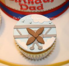 Acrobatic Aeroplane Cupcake by The Clever Little Cupcake Company (Amanda), via Flickr