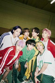 Bts Jimin, Bts Taehyung, Bts Bangtan Boy, Foto Bts, K Pop, Bts Boyfriend, Les Bts, Bts Group Photos, Bts Group Picture