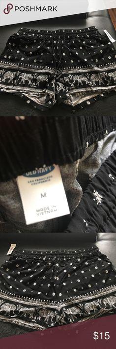🆕 Old Navy Shorts- Medium- elephants 100 Percent Rayon- soft shorts  super cute!!!  Still has tags on! Black-off-white/cream color Old Navy Shorts