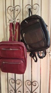 Real leather back packs at an affordable price. Each pack has many pockets for storage. Light weight and adjustable straps for on the go. Approx 33cm high by 30cm wide by 8cm deep.