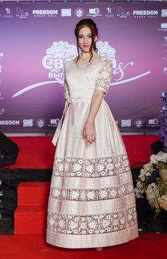 Ексклюзивна сукня з вишивкою, фото 1