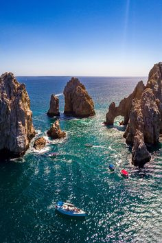 "Cabo San Lucas, a resort city on the southern tip of Mexico's Baja California peninsula, is known for its beaches, water-based activities and nightlife. Check now ""What? A One Minute Photo Edit?"" #photography #landscape #photo"