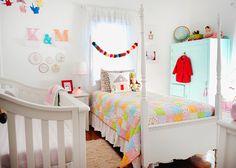 shared room - http://lastenvaltakunta.blogspot.fi/2013/02/jaettu-huone.html