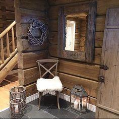 grysval's photo on Instagram Cabin Homes, Log Homes, Home Design Decor, House Design, Cottage Shabby Chic, Cedar Walls, Chalet Interior, Building A Cabin, Barn Renovation