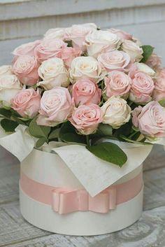 Unique Flower Arrangements, Unique Flowers, Beautiful Flowers, Flower Box Gift, Flower Boxes, Birthday Wishes Flowers, Rose Flower Wallpaper, Altar Flowers, Luxury Flowers