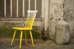 Peinture tie and dye pour pieds de chaises de cuisine + explications