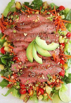 Delicious healthy meals:Spicy Thai Steak Salad