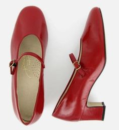 Johansen shoes.  Made in the USA!