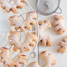 Półfrancuskie ciasteczka z marmoladą w kształcie podkówek
