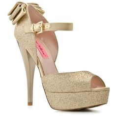Betsey Johnson Alexa Pump
