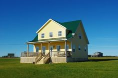 vacation rentals to book online direct from owner in . Vacation rentals available for short and long term stay on HomeAway. New Brunswick, Ideal Home, Shed, Outdoor Structures, Prince Edward, Cabin, Mansions, Vacation Rentals, House Styles