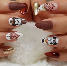 Thanksgiving Nails Ideas For Every Taste - Walt Express Irresistible Thanksgiving Nails Ideas For Every Taste - Walt Express - Simple nails art design video Tutorials Compilation Part 112 cute and beautiful glitter nail designs ideas for summer page- 33 Thanksgiving Nail Designs, Thanksgiving Nails, Nagellack Trends, Nail Art Kit, Simple Nail Art Designs, Disney Nails, Nail Technician, Holiday Nails, Fall Nails
