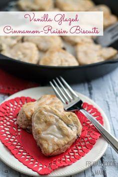 Vanilla Glazed Cinnamon-Raisin Biscuits- tender and flaky buttermilk biscuits flecked with raisins and cinnamon, and drizzled with a simple vanilla glaze #VanillaWeek