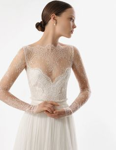 oh so delicate lace wedding dress