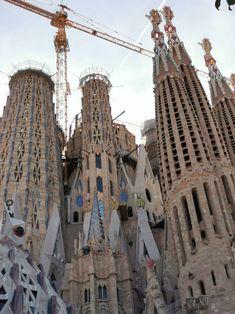 Barcelona Architecture, Architecture Design, Antoni Gaudi, Brooklyn Bridge, Louvre, Wanderlust, Building, Travel, Religious Architecture