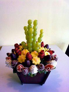 Uvas y fresas con chocolate