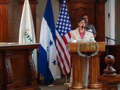 Embajadora de Estados Unidos en Honduras, brindó discurso sobre Cooperación Bilateral entre Estados Unidos – Honduras y las Oportunidades de Crecimiento para los Jóvenes.