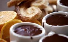 Ganache de chocolate para servir com biscoitos - Receitas - GNT