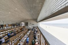 Lonely Seashore Library in China by Vector Architects Modern Library, Library Design, Children's Library, Library Ideas, In China, Library Architecture, Interior Architecture, Archdaily Mexico, Costa