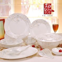 Free shipping - 56 quality bone china dinnerware set married western-style luoman dishes new 2013 $470.88