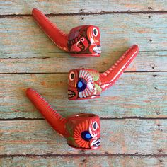 Skull Pipe (Boyfriend Gift Day of Dead Mexican Ceramic Glass Smoking Pipe Tobacco Pipe Girls Sugar Skull Pipe Hand Painted Unique Pipe Weed Pipe 420 Smoke Pothead Gift for Boyfriend Girly Pipe)