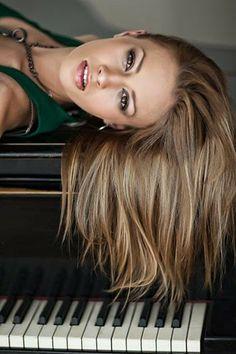 Singer Maria Cirova by Peter Frolo on Folk, Singer, Long Hair Styles, Beauty, Image, Beleza, Popular, Long Hair Hairdos, Fork