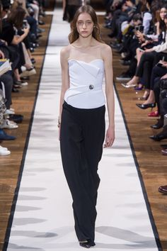 Lanvin Fall 2017 Ready-to-Wear Collection Photos - Vogue; Strapless Top With Jeweled Brooch Detail