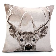 Our woven cushion features a handsome stag in natural colours, perfect for bringing a stylish, country chic look to your interior.