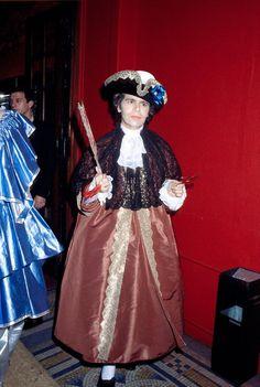 * Karl Lagerfeld at his venezian bal at Le Palace 1978 Karl Lagerfeld, Fendi, Amy Wine, Couture Fashion, Fashion Show, Le Palace, Fancy Dress Ball, 18th Century Costume, Princess Caroline