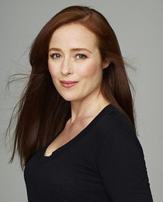 Jennifer Ehle cast as Anastasia's mom, Carla Adams and she was my favorite Lizzy Bennett