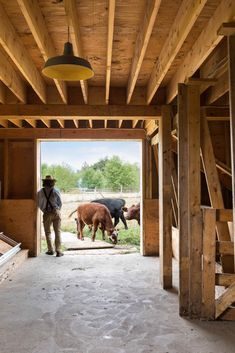 Swallowfield Barn in Langley, Canada by MOTIV Architects Concrete Formwork, American Barn, Wood Architecture, Roof Structure, Construction Process, Modern Barn, Hobby Farms, Small Farm, Viajes