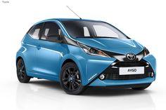 Самый маленький представитель семейства Toyota, компактная микролитражка Aygo обзавелась новыми версиями x-cite и x-pure.