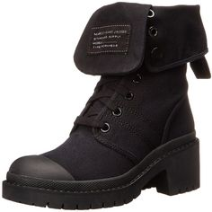 Marc by Marc Jacobs Women's Army Combat Boot ($398) ❤ liked on Polyvore featuring shoes, boots, footwear, schuhe, lace up combat boots, military lace up boots, lace-up platform boots, side zip boots y army combat boots