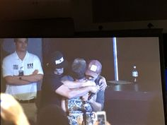 Andrew and Norman just got off stage to hug an emotional fan who was crying and traveled from Canada to be here #twd #WSCAtlanta ❤️❤️❤️