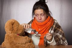 Er zijn tal van natuurlijke ingrediënten die griep en verkoudheid bestrijden en die zelfs preventief zijn, tijdens griepseizoen. Een gezond immuunsysteem geeft virussen weinig kans. Handig is ook e…
