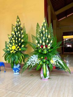 Pin on Floral arrangements Creative Flower Arrangements, Tropical Flower Arrangements, Modern Floral Arrangements, Funeral Flower Arrangements, Beautiful Flower Arrangements, Unique Flowers, Tropical Flowers, Diy Flowers, Beautiful Flowers