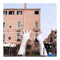 Larger than life • Lorenzo Quinn's Support installation, Venice, Italy via @retromarine • #aliceMcCALL