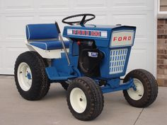 Forde 100 lawn & garden tractor Ford Blue