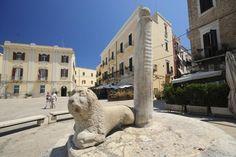 Piazza Mercantile, Bari, Apulia (Italy)