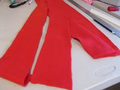 The Modest Homestead: Little Red Riding Hood Costume {Tutorial} Red Riding Hood Costume Kids, Dress Up Costumes, Costume Ideas, Tinker Bell Costume, Tie Matching, Sew Over It, Costume Tutorial, Neck Piece, Coordinating Fabrics