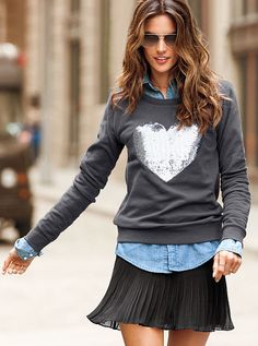 I want to like this one... I'm trying really hard to get into Chambray... Kate Monster, I thought you'd dig the sweater?