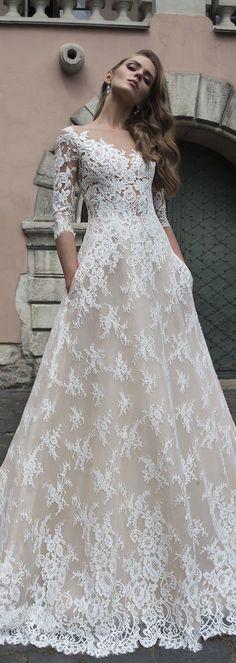 Dominiss Wedding Dress 2017