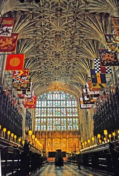 Inside St George's Chapel - Windsor Castle St George's Chapel is both a royal peculiar (a place of worship that falls directly under the jurisdiction of. Inside Windsor Castle, Places To Travel, Places To See, Norfolk, England And Scotland, Place Of Worship, Kirchen, London England, Windsor England