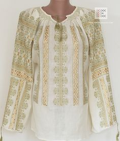 FIRST ONLINE SHOP dedicated to the Romanian blouse. Worldwide shipping for handcrafted Romanian folk costumes and traditional Romanian peasant blouses. The most beautiful Romanian blouses. Folk Costume, Costumes, Peasant Blouse, Traditional Outfits, Gingham, Cross Stitch Patterns, Ethnic, Delicate, Tunic Tops