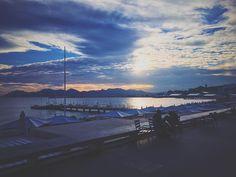 Earlier today... . . . . #vsco #vscocam #seascape #boardwalk #frenchriviera #rivieradetente #cannes #croisette