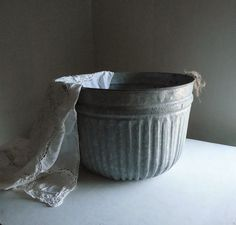 Antique Ribbed Metal Tub/Bucket ~Rope Handles ~ Party Ice Cooler, Farmhouse Storage Container, Industrial Planter /0420